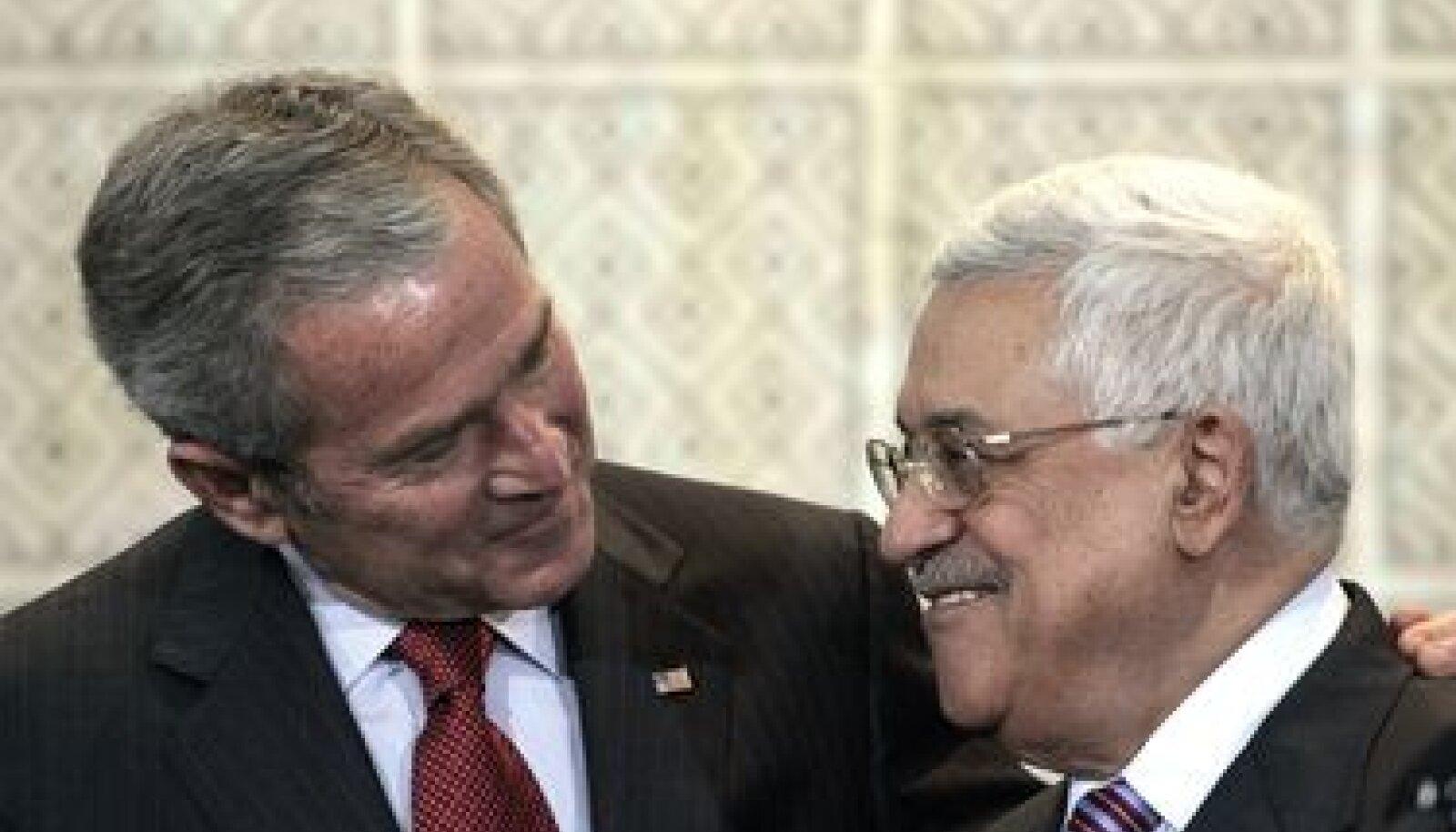 USA ning Palestiina presidendid George W. Bush ja Mahmud Abbas
