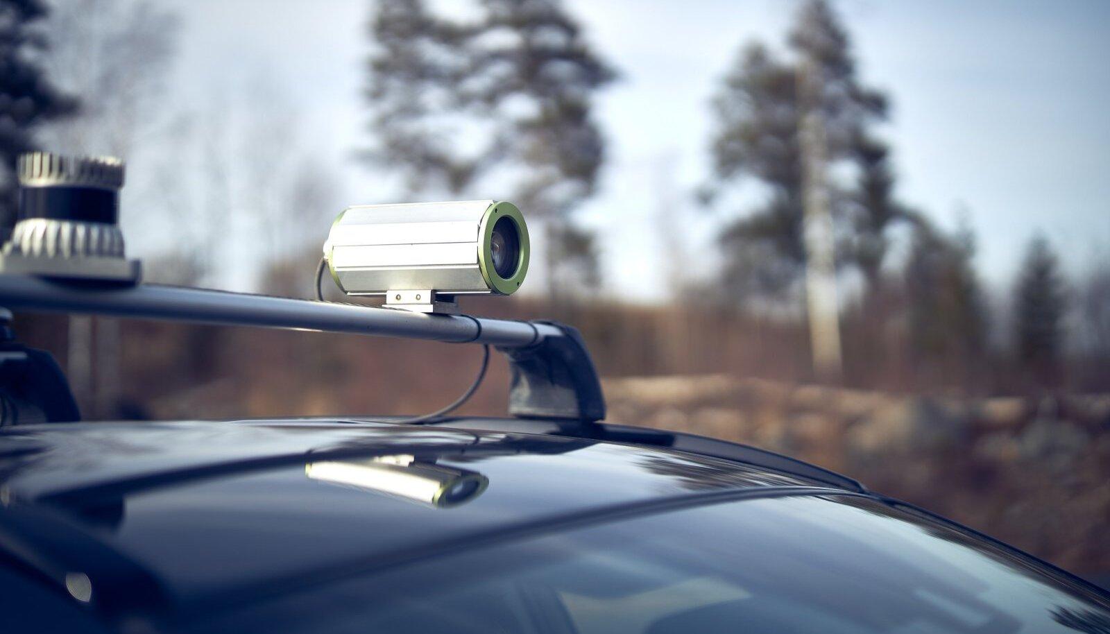 Unikie tehnoloogia aitab autol iseseisvalt parkida.