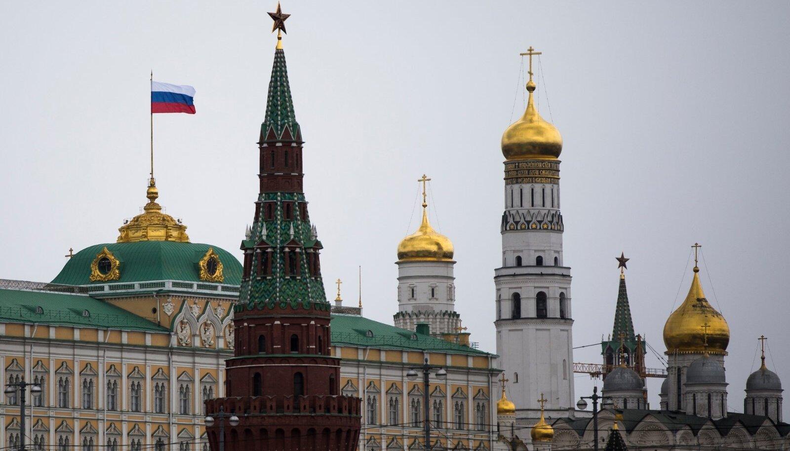 Seal, kus jookseb piir läänekristluse ja õigeusu vahel, kehtestab Venemaa end kõige ilmsemalt.