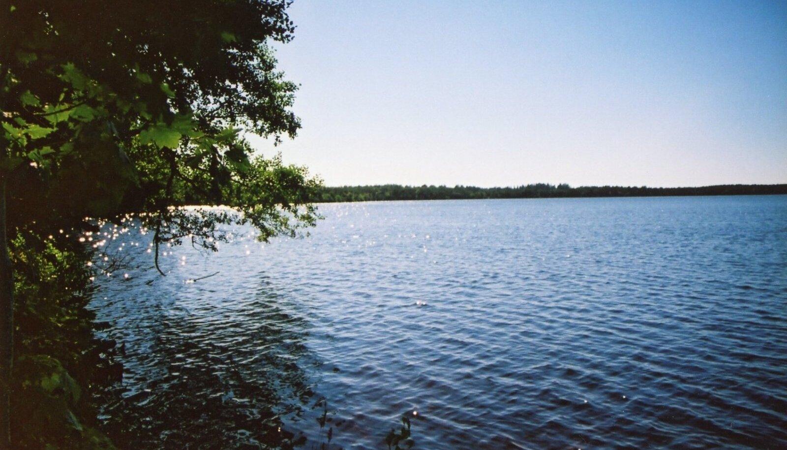 Veeäärset kinnisvara ostes peab arvestama mitme piiranguga.