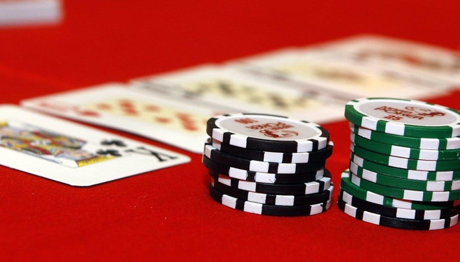 Poker, kaardimäng, hasartmäng, kasiino, raha, online kasiino,