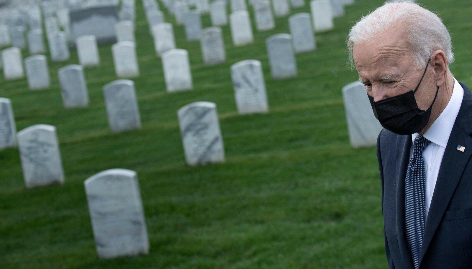 """Joe Biden ütleb, et ei taha """"lõpututele sõdadele"""" uusi ohvreid tuua. USA kaotas Iraagis üle 4300 ja Afganistanis ligi 2500 sõdurit."""