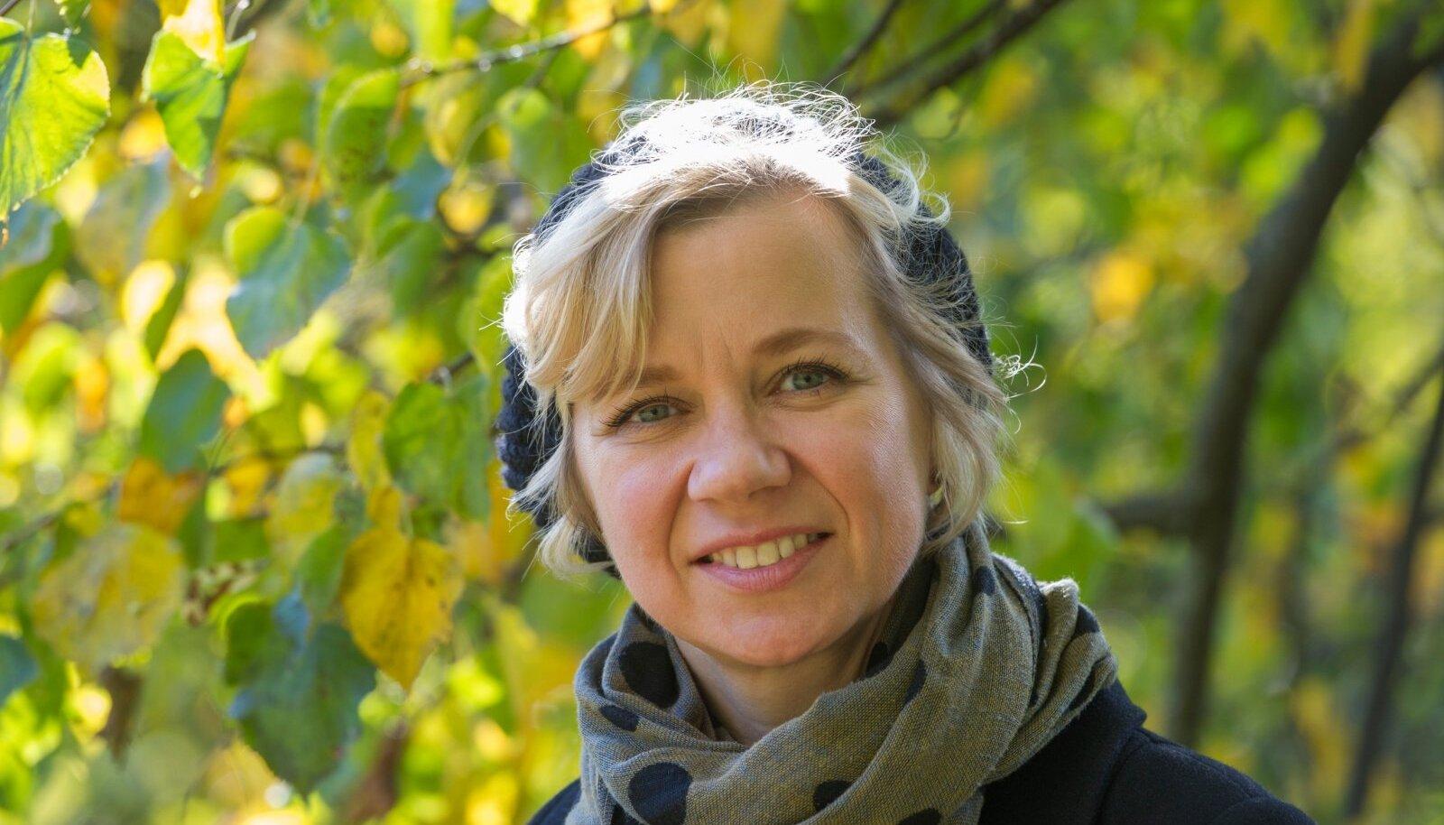 Raudade kirjandusdünastia ühe liikmena on Piret Raud viljakas kirjanik, kes on alles viimastel aastatel lasteraamaturiiulilt täiskasvanute sektsiooni nihkunud.