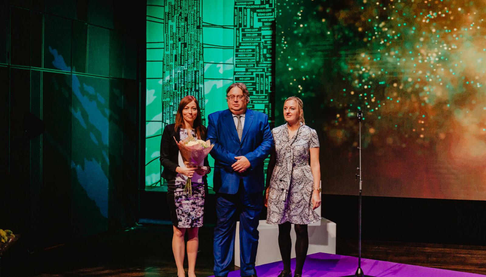 Edu ja Tegu aasta parimate tunnustamine, vasakul Kertu Liebert