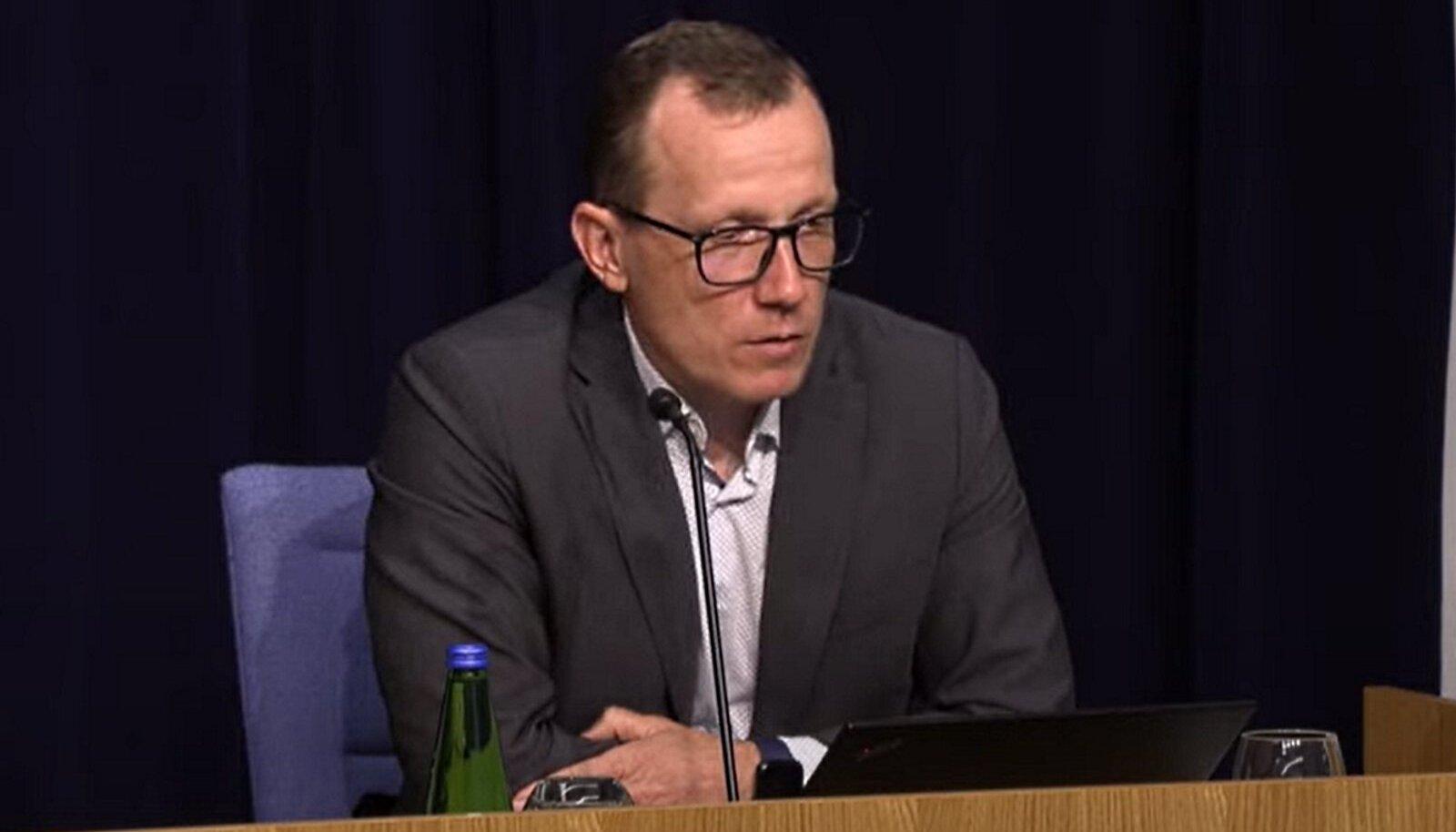 Marek Seer tänasel pressikonverentsil