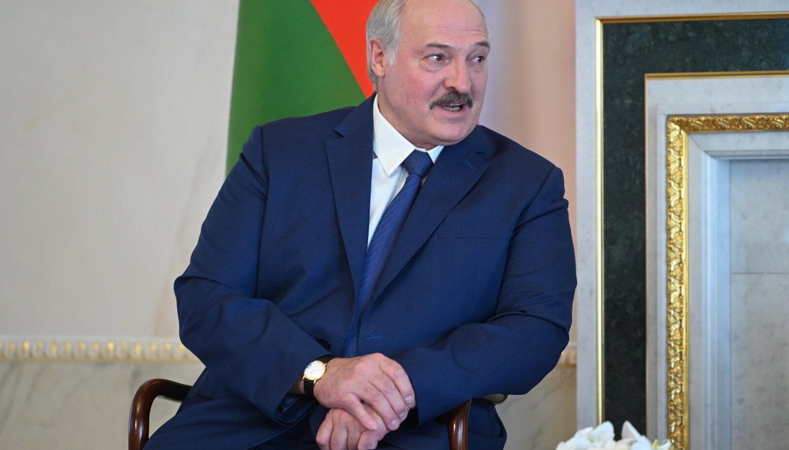 Repressioonidele eelnes Aljaksandr Lukašenka külaskäik Peterburi