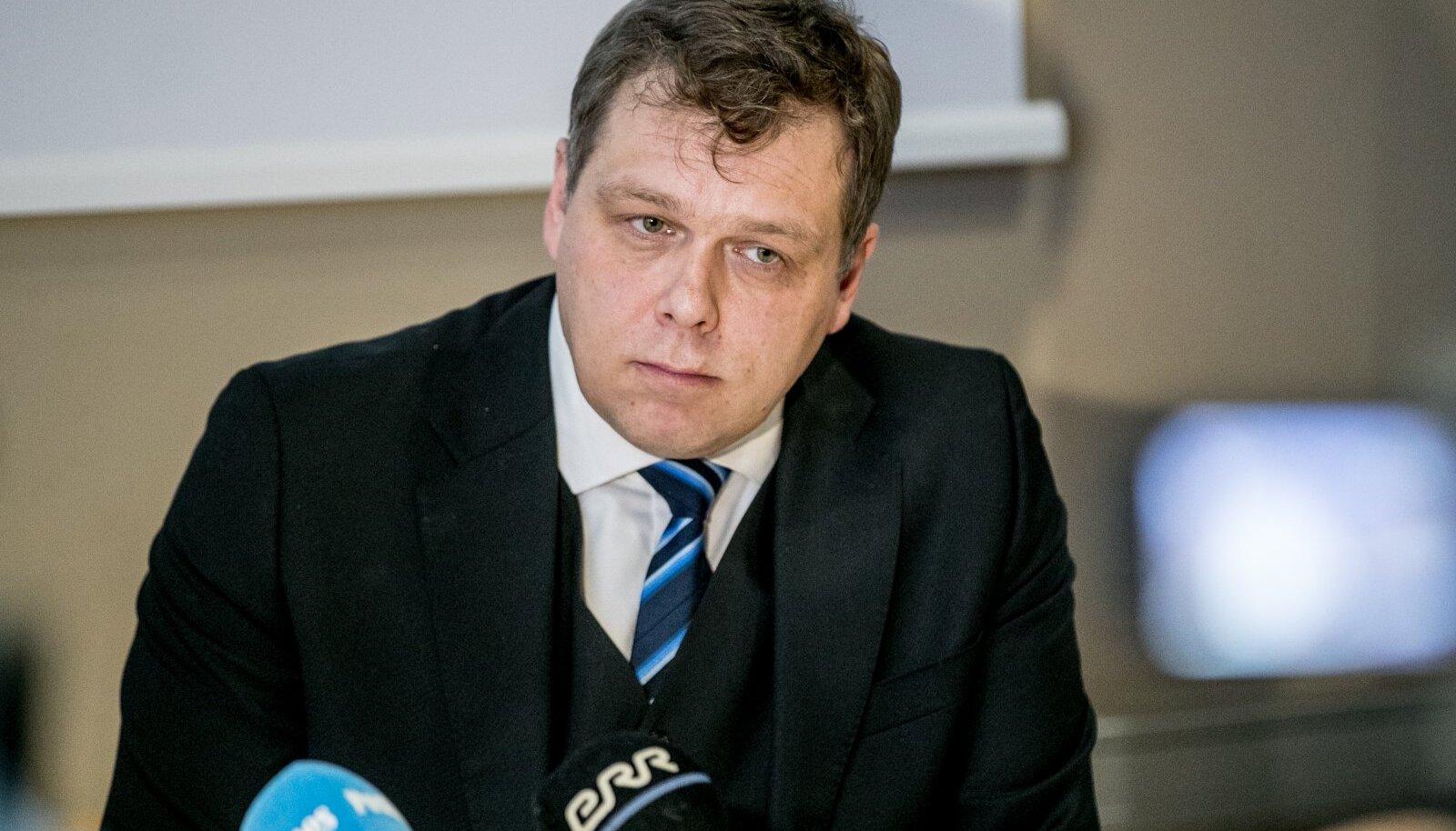 Lauri Hussari pressikonverents
