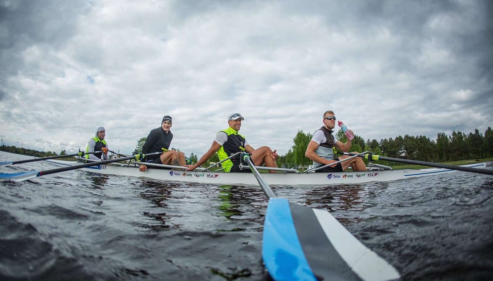 2016. aastal Rio de Janeiro olümpialt Eestile ainsa medali toonud paarisaeruline neljapaat. Neljast sõudjast kolmel – Taimsool, Endreksonil ja Jämsäl – aitas treeningutele keskenduda kaitseväepalk.