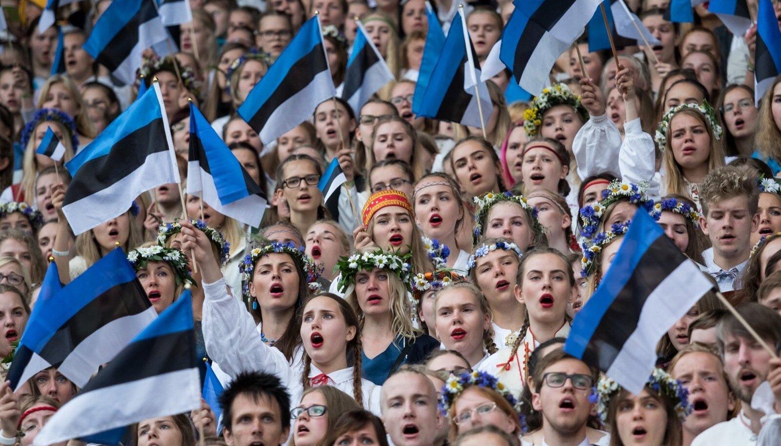 Kõik need noored, kes üldse saaksid tulevased koorijuhid olla, on lauljatena seal laululaval, ütles koorijuht Heli Jürgenson.