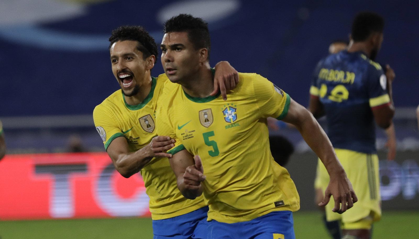 Marquinhos ja Casemiro võiduväravat tähistamas.