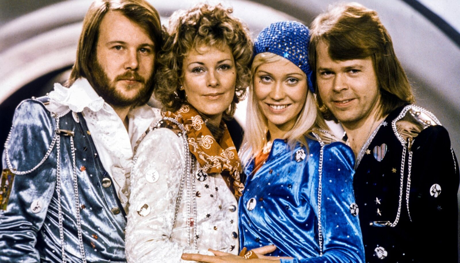 """FILE PHOTO: Swedish pop group Abba: Benny Andersson, Anni-Frid Lyngstad, Agnetha Faltskog and Bjorn Ulvaeus pose after winning the Swedish branch of the Eurovision Song Contest with their song """"Waterloo\"""