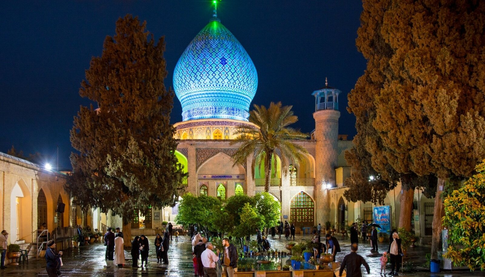 Arhitektuuri ilu keset Shirazi linna