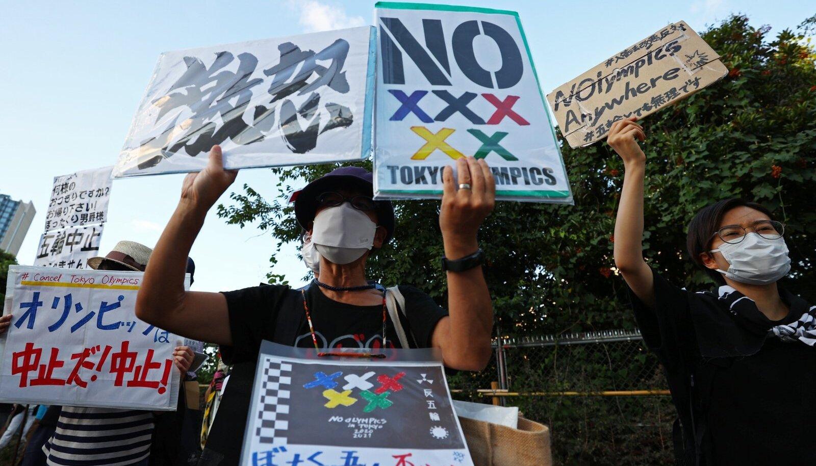 Möödunud nädalal avaldasid jaapanlased olümpiamängude vastu meelt, kui ROK-i president Thomas Bach Tokyosse saabus. 55% jaapanlaste arvates tuleks olümpiamängud ära jätta.