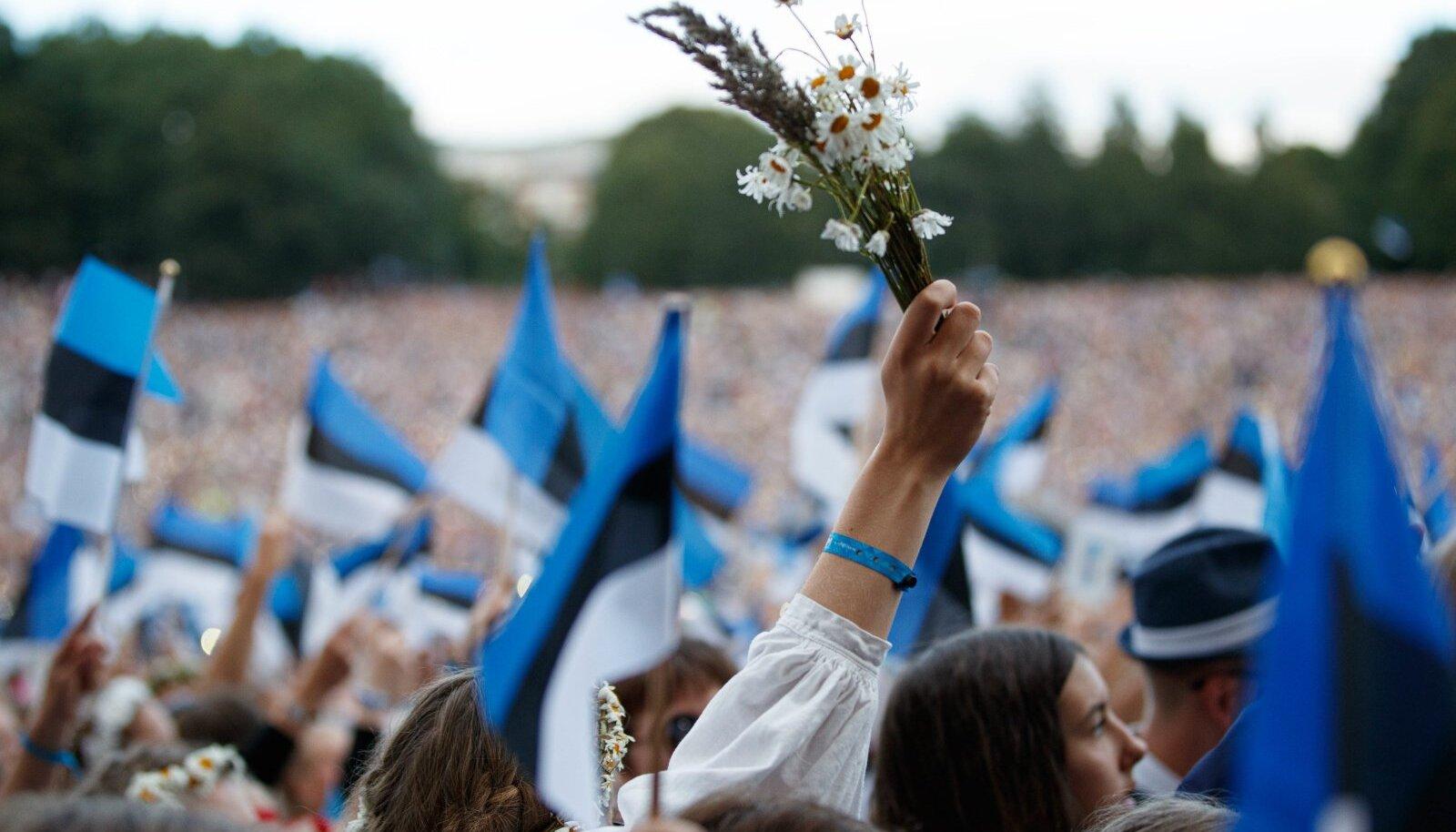 Eesti lipud laulupeol