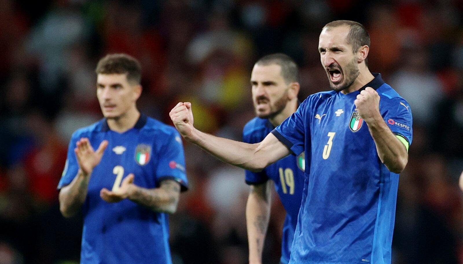 Itaalia näitas penaltiseerias paremat närvi ja kindlustas koha finaalis.