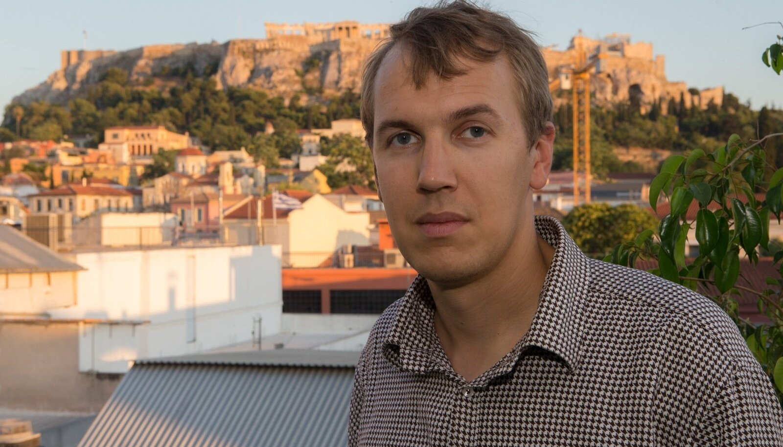 """Priit-Hendrik Kaldma on Ateena ülikooli doktorant antiikajaloo erialal ning kirjutab doktoritööd Ateena linnriigi kujunemisest. """"Kus euroopaliku kultuuri hälli ikka parem on uurida, kui mitte siin,"""" ütleb ta."""
