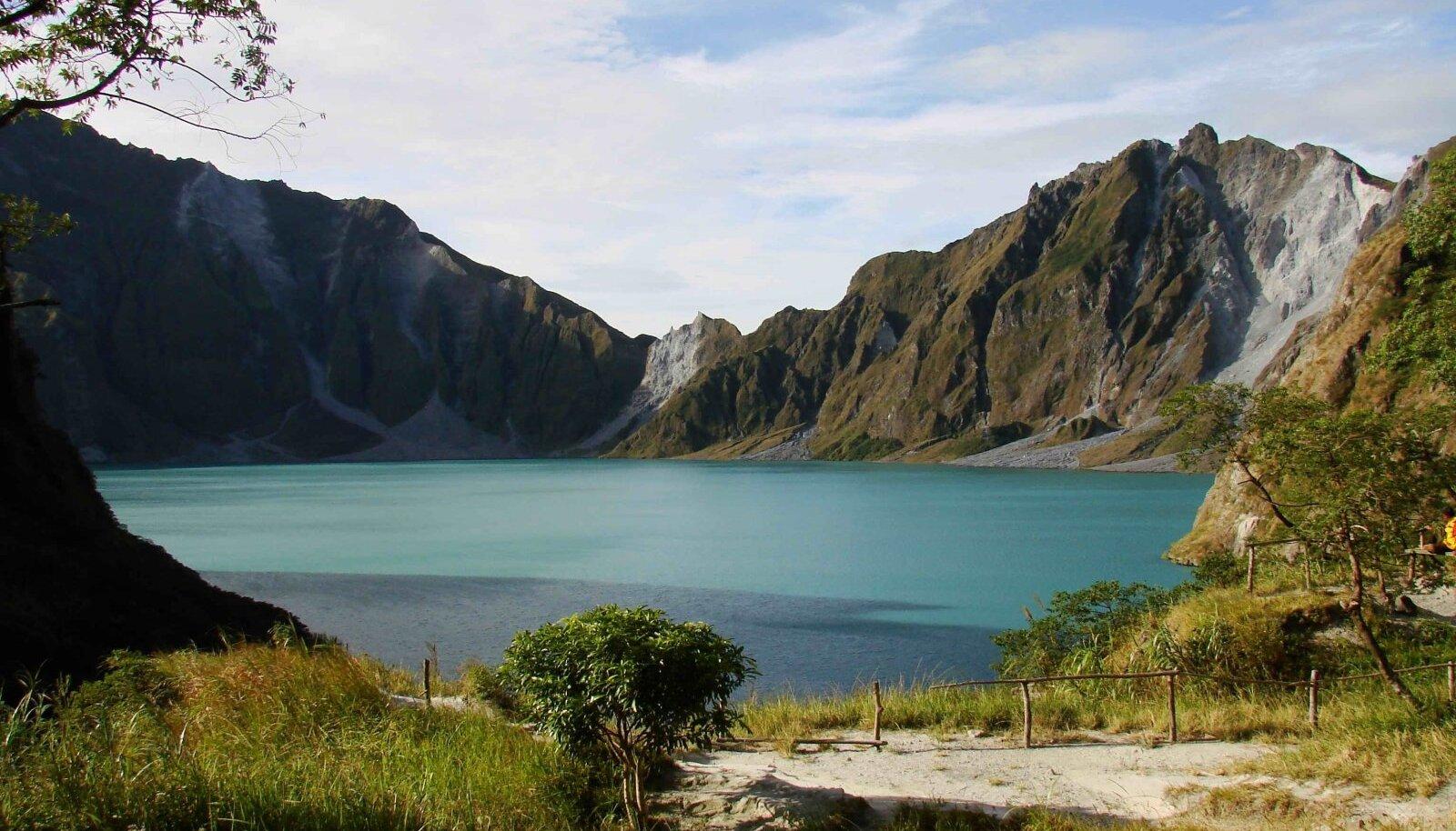 Üks loodussündmus, mis läks maakera katastroofide ajalukku, oli 1991. aastal Filipiinide saarestikus aset leidnud Pinatubo-nimelise vulkaani purse.