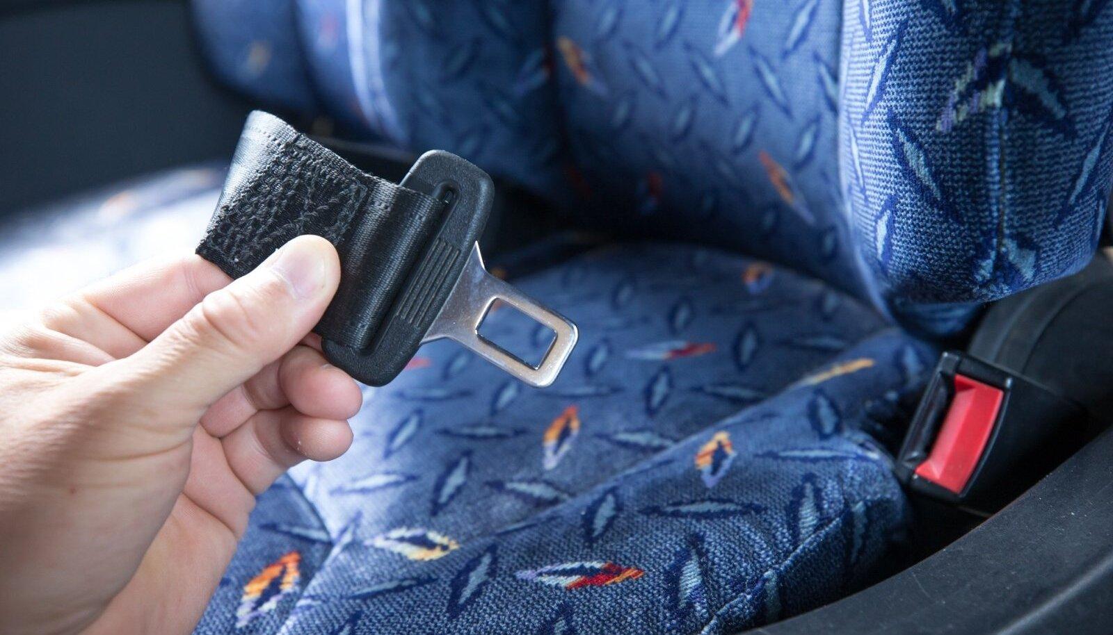 Kinnitamata turvavöö suurendab liiklusõnnetuses vigastuse riski.