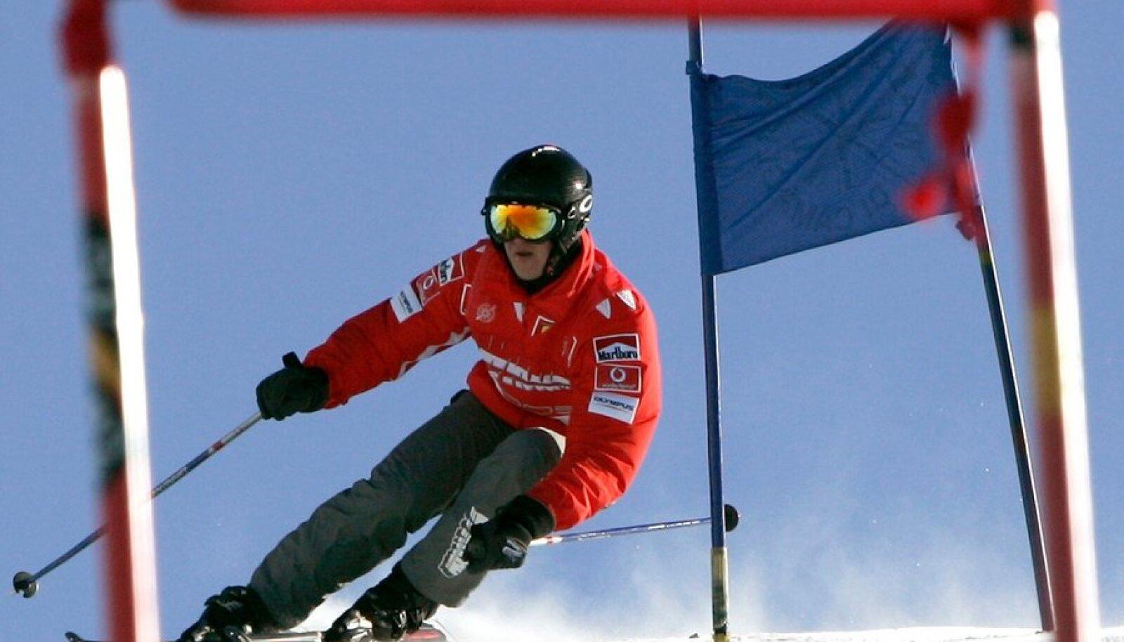 <sub>Michael Schumacher suusatamas aastal 2004</sub>