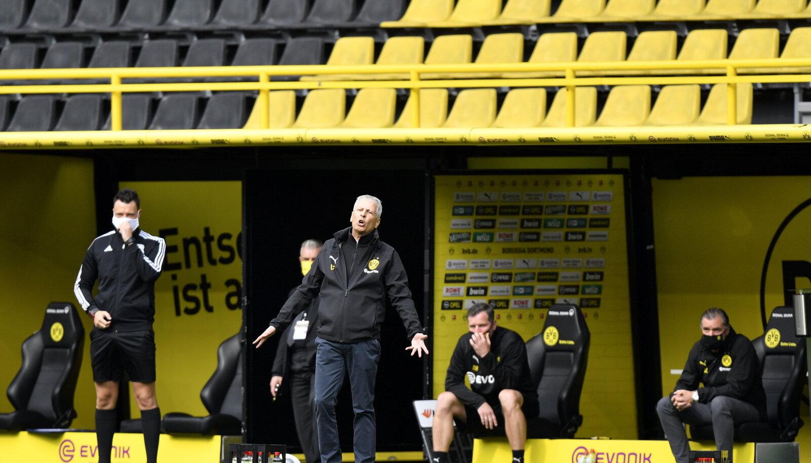 Lucien Favre juhendab Dortmundi