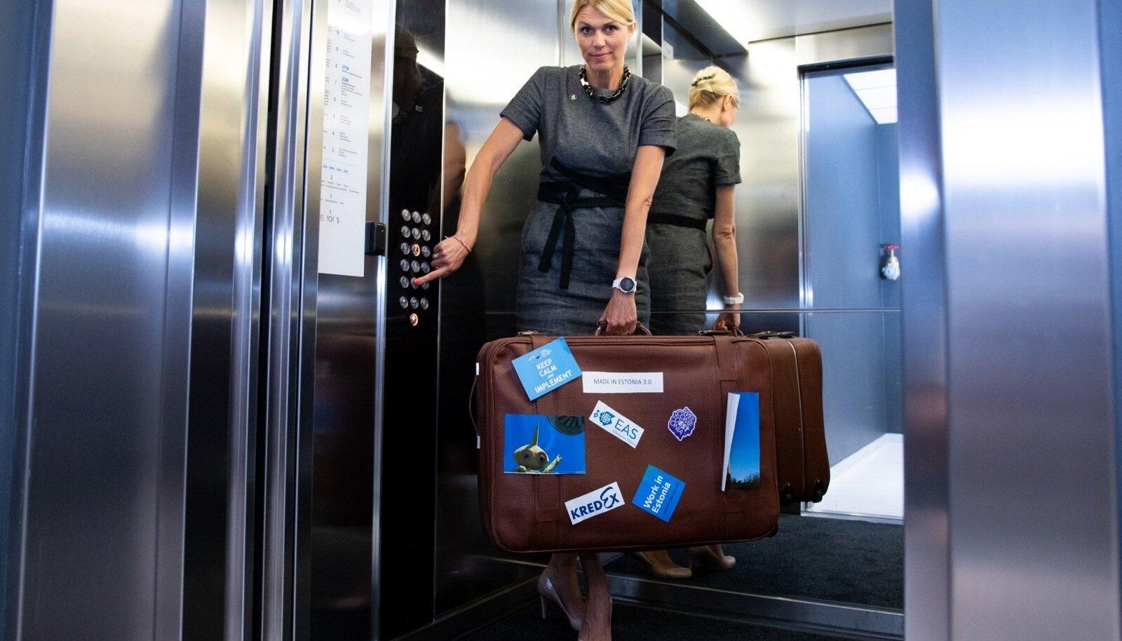 Kohver on pakitud ja võib minna. Hüvasti, tipp-poliitika!