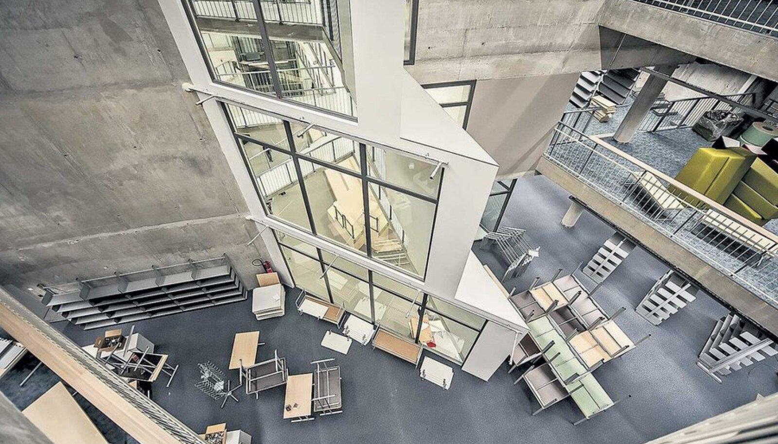 11 000-ruutmeetrine TLÜ Astra maja sai valmis, aga kas õiglase konkurentsiga?