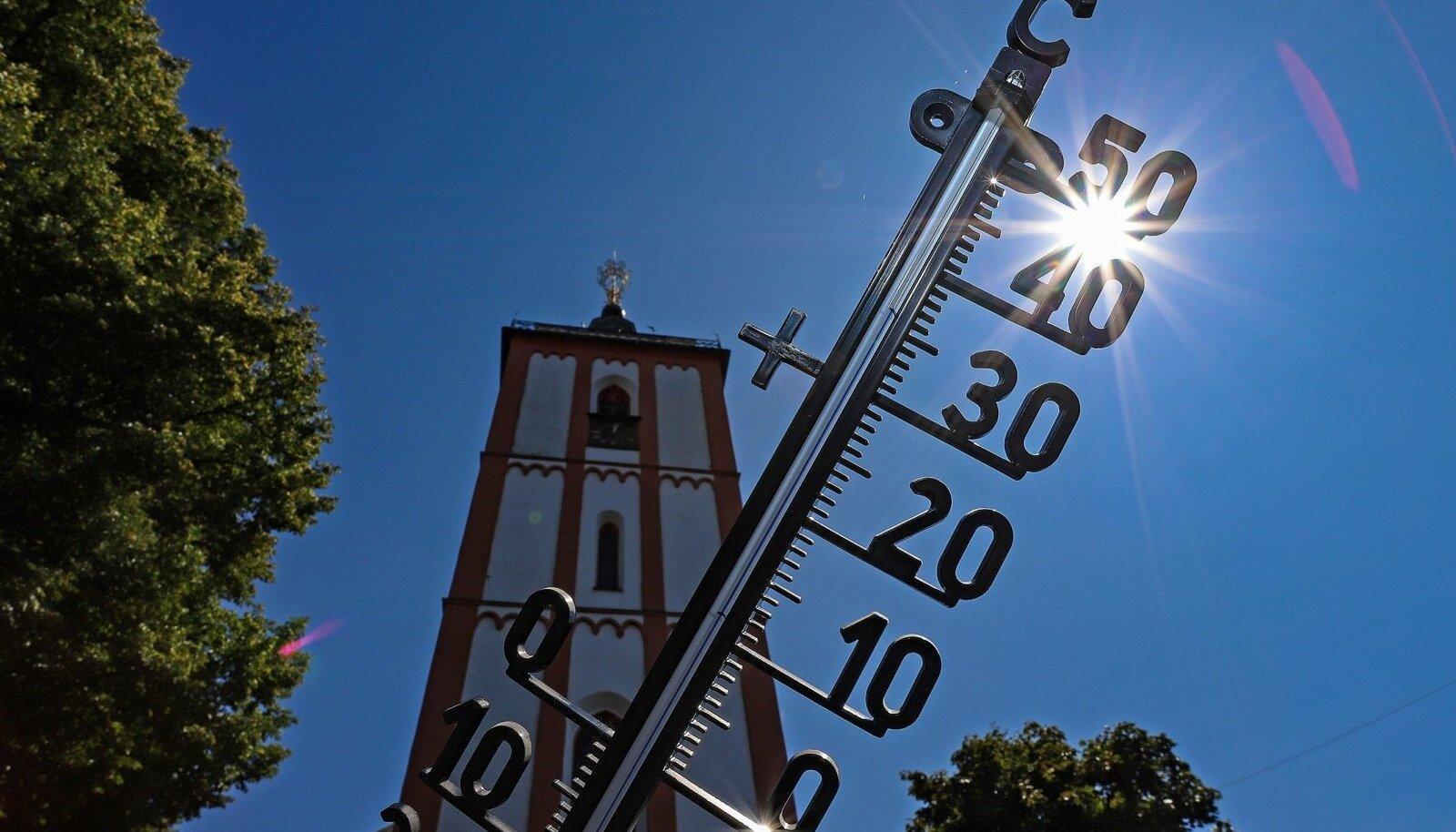 Termomeeter näitab mitmel pool üle 30 kraadi sooja
