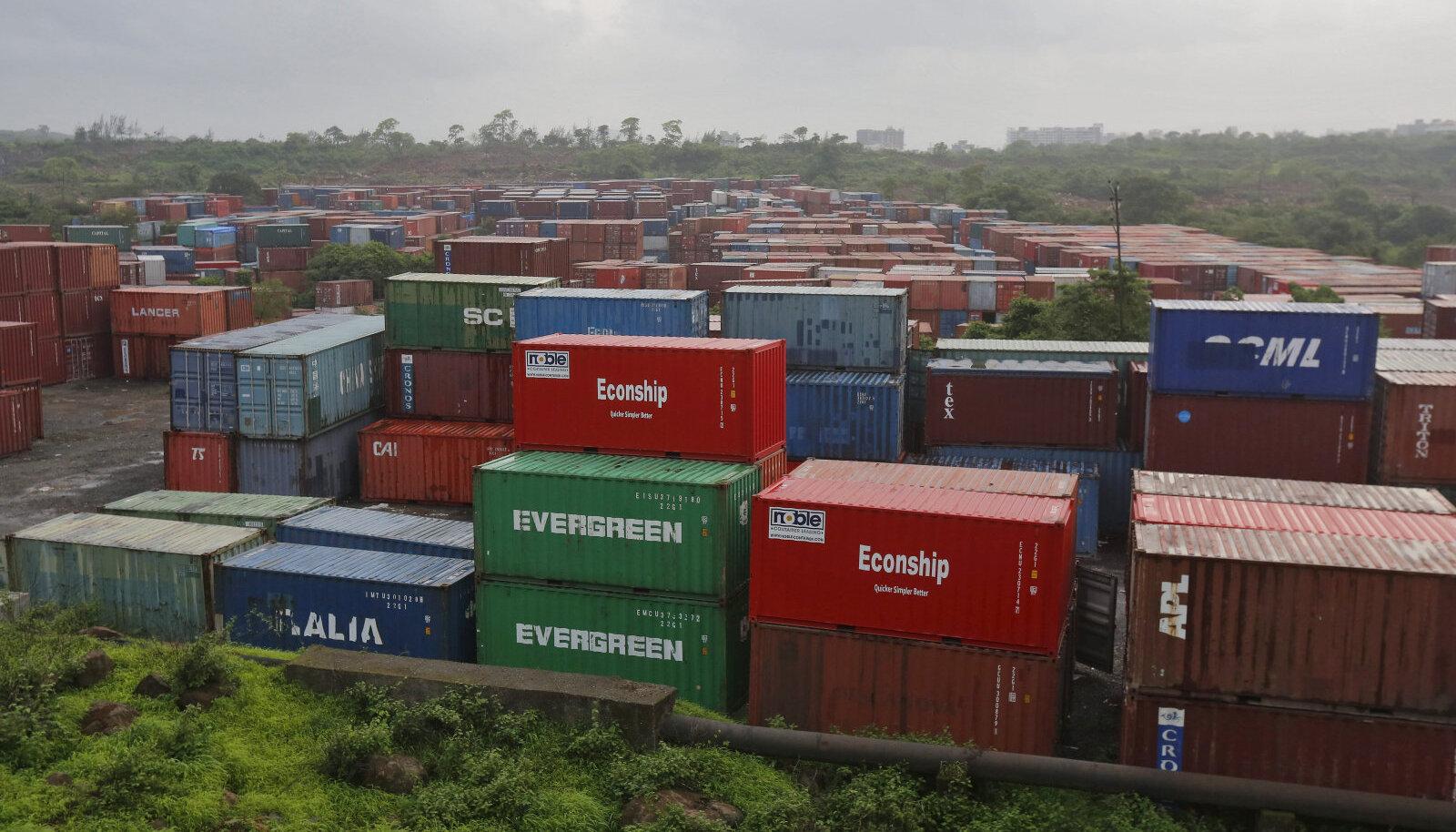 konteinerid Mumbai sadamas
