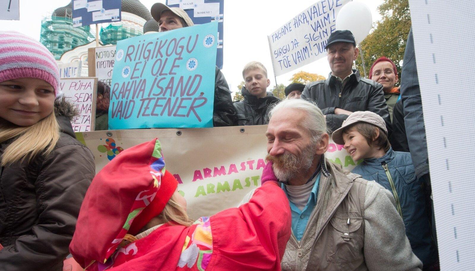 Jaak Valge vastus Hanno Pevkurile: demokraatia ei tähenda ühte ideoloogiat, vaid ideoloogiate ausat võistlust