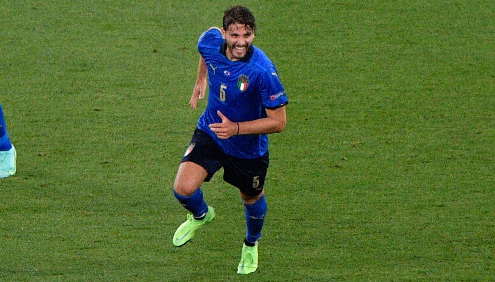 Itaalia poolkaitsja Manuel Locatelli lõi Šveitsi võrku kaks palli.