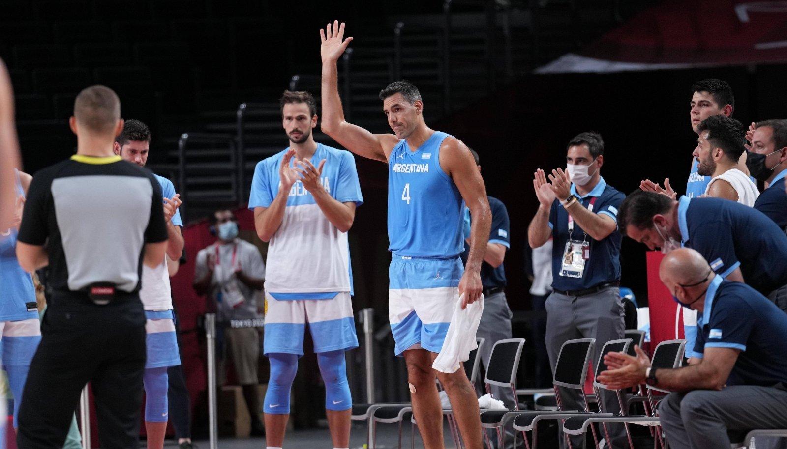 Luis Scola aitas Argentina koondise Tokyo olümpial veerandfinaali.