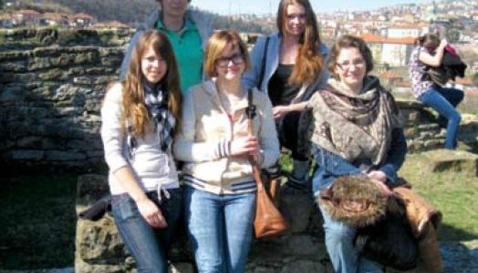 Projektis osalejad Veliko Tarnovos Tsarevetsi mäel