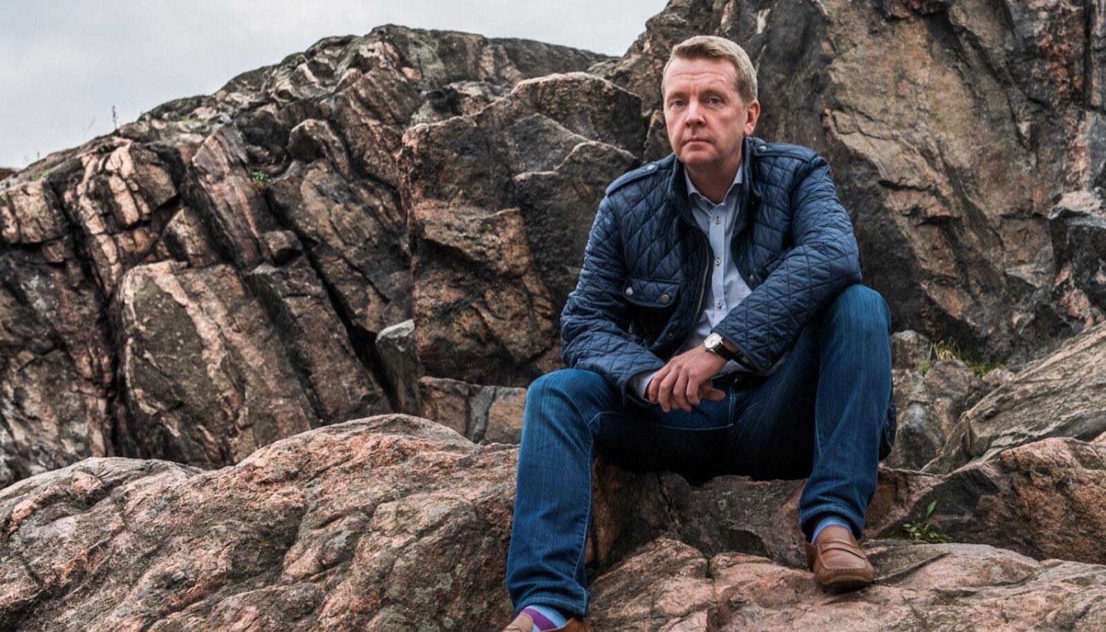 Aastaid Soomes töötanud ja elanud Valdur Laid peab Eestit maailma parimaks paigaks. Ta ütles juba 2014. aastal LP-le, et näeb end koos perega ühel päeval taas rõõmuga Eestis elamas.