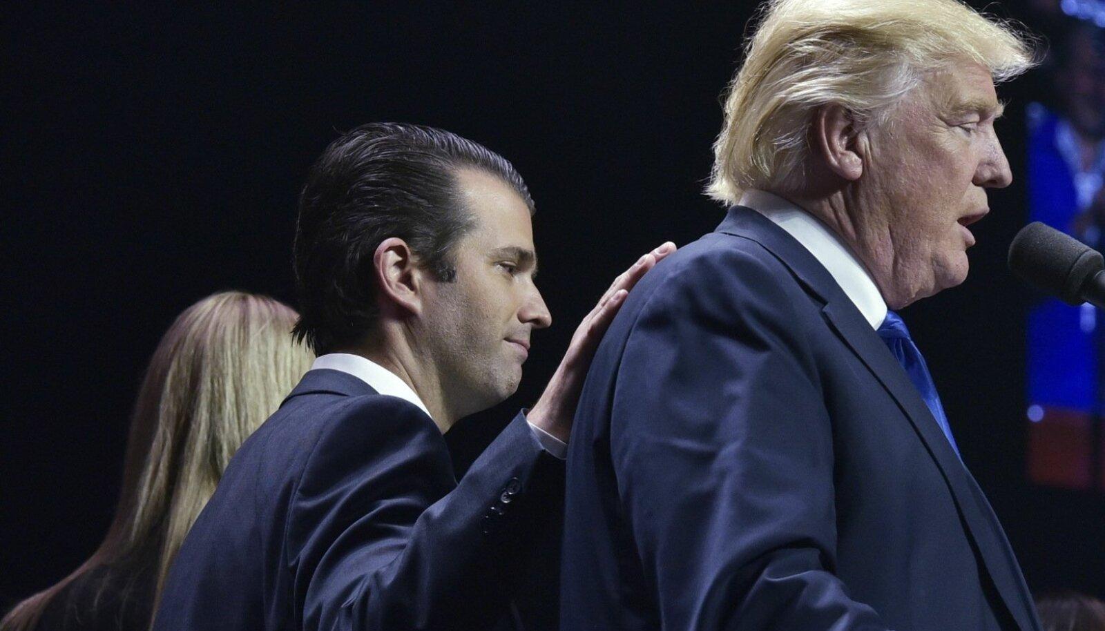 Trump ja  tema poeg Trump jr