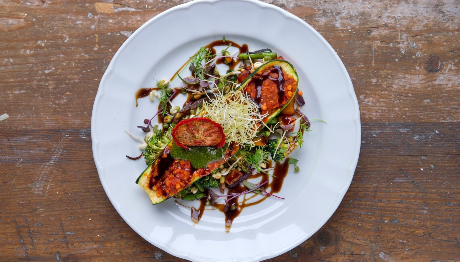 See, kui palju odavamalt ülejääva toidu kätte saab, on iga söögikoha enda otsustada.
