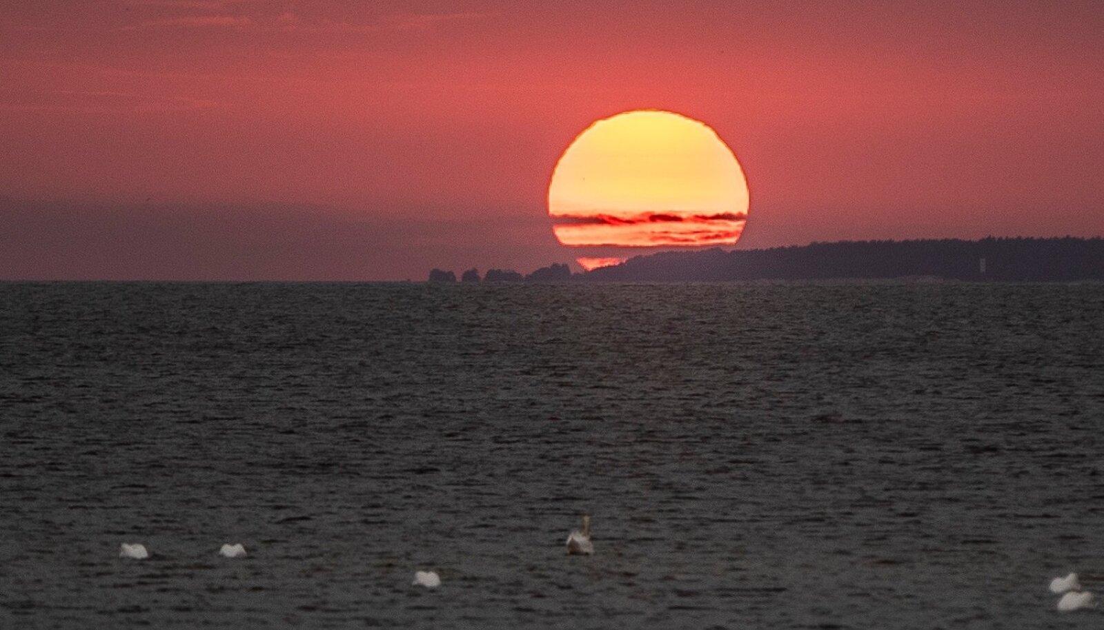 Olgem rahul oma Päikesega, mis Maast parajal kaugusel asudes jagab meile piskut oma hiigelkuumusest.