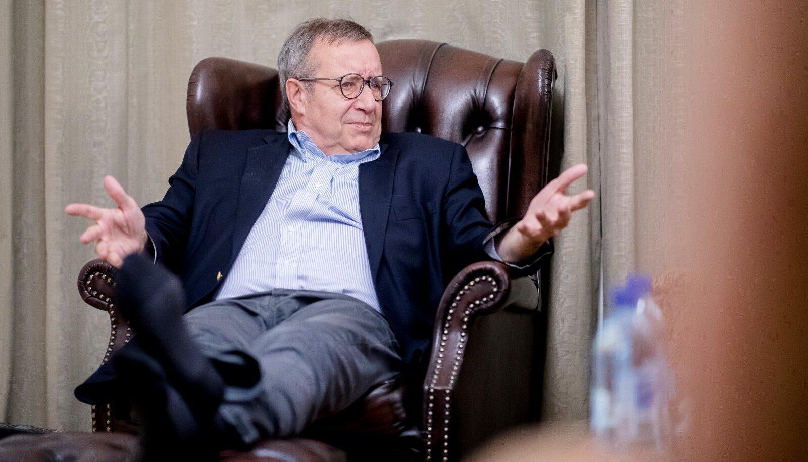 Toomas Hendrik Ilves rõhutab, et ei ole küsimustki – presidendiamet on kindlasti poliitiline.