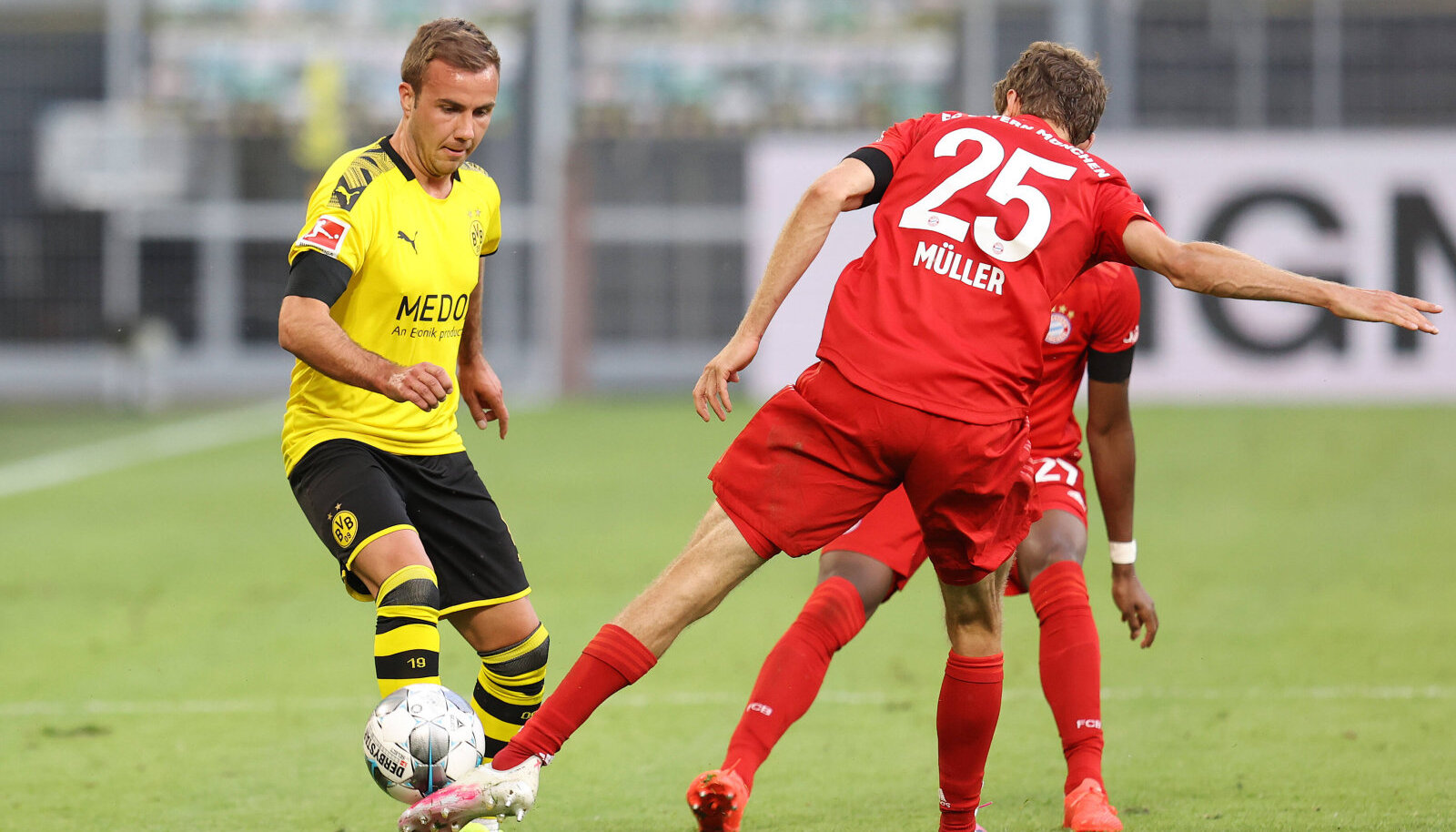 Mario Götze (vasakul).
