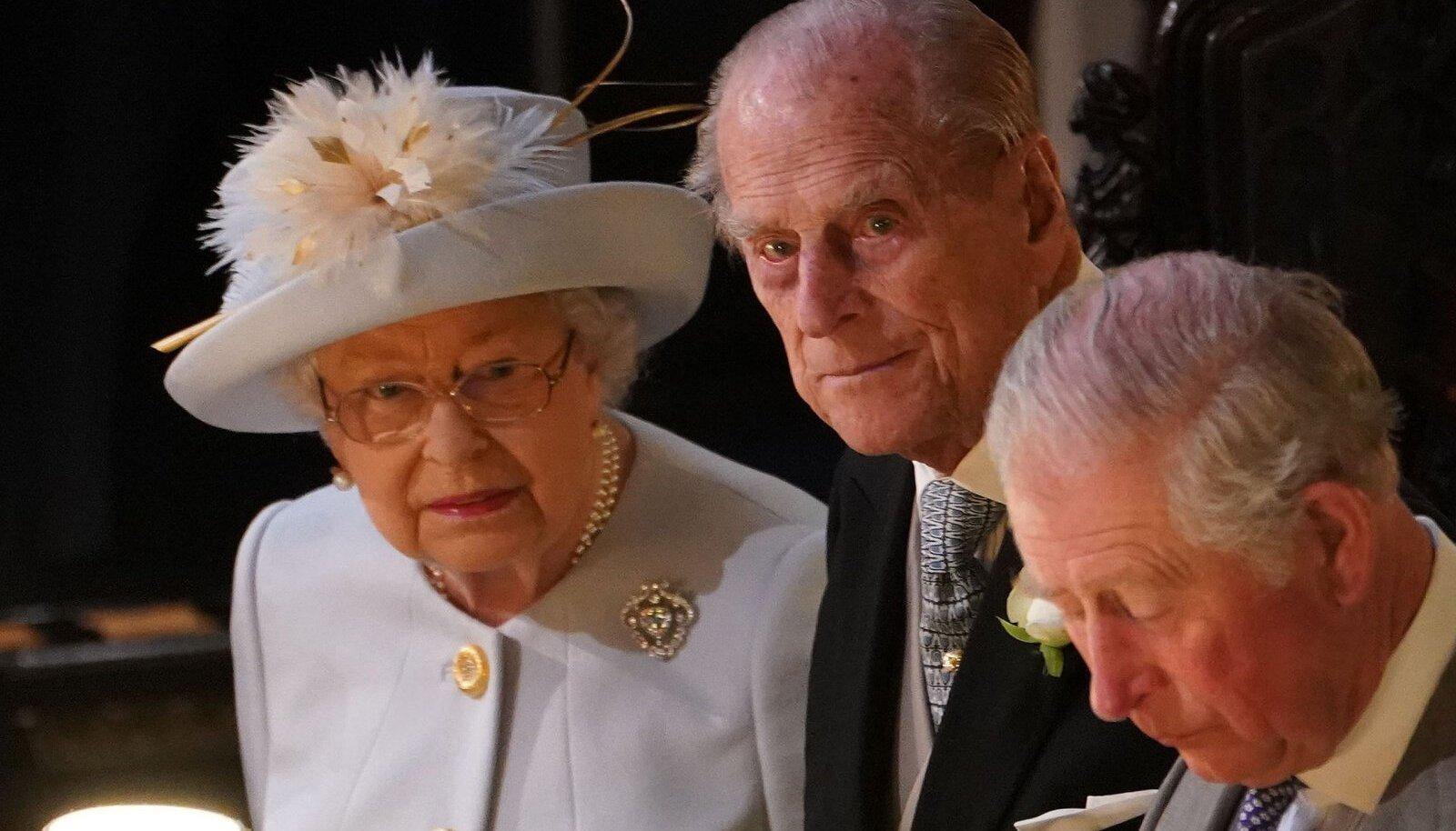 Charles oma vanematega 2018. aastal.