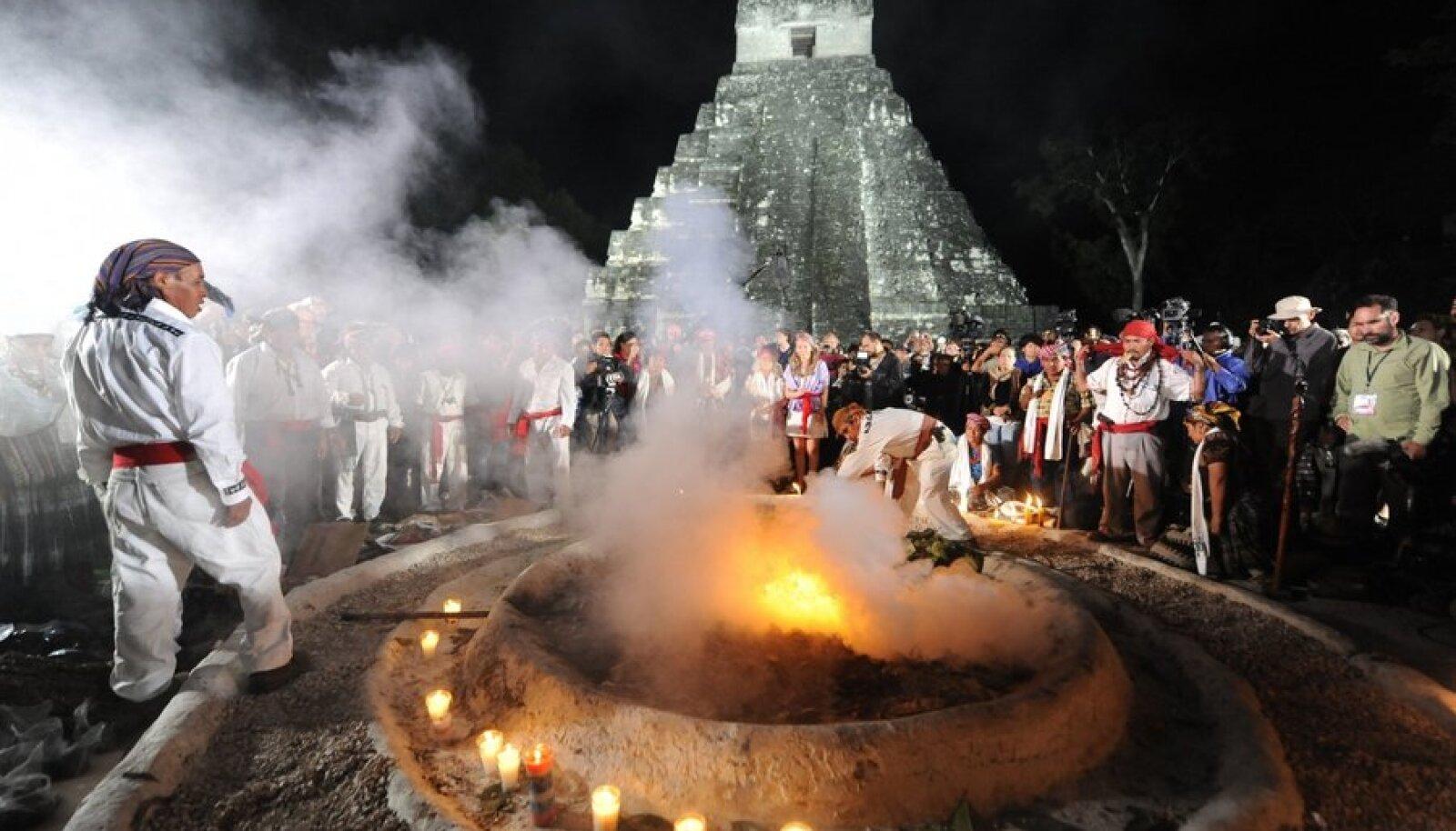 Tikali templi juures toimunud uue ajastu vastuvõtu tseremoonia