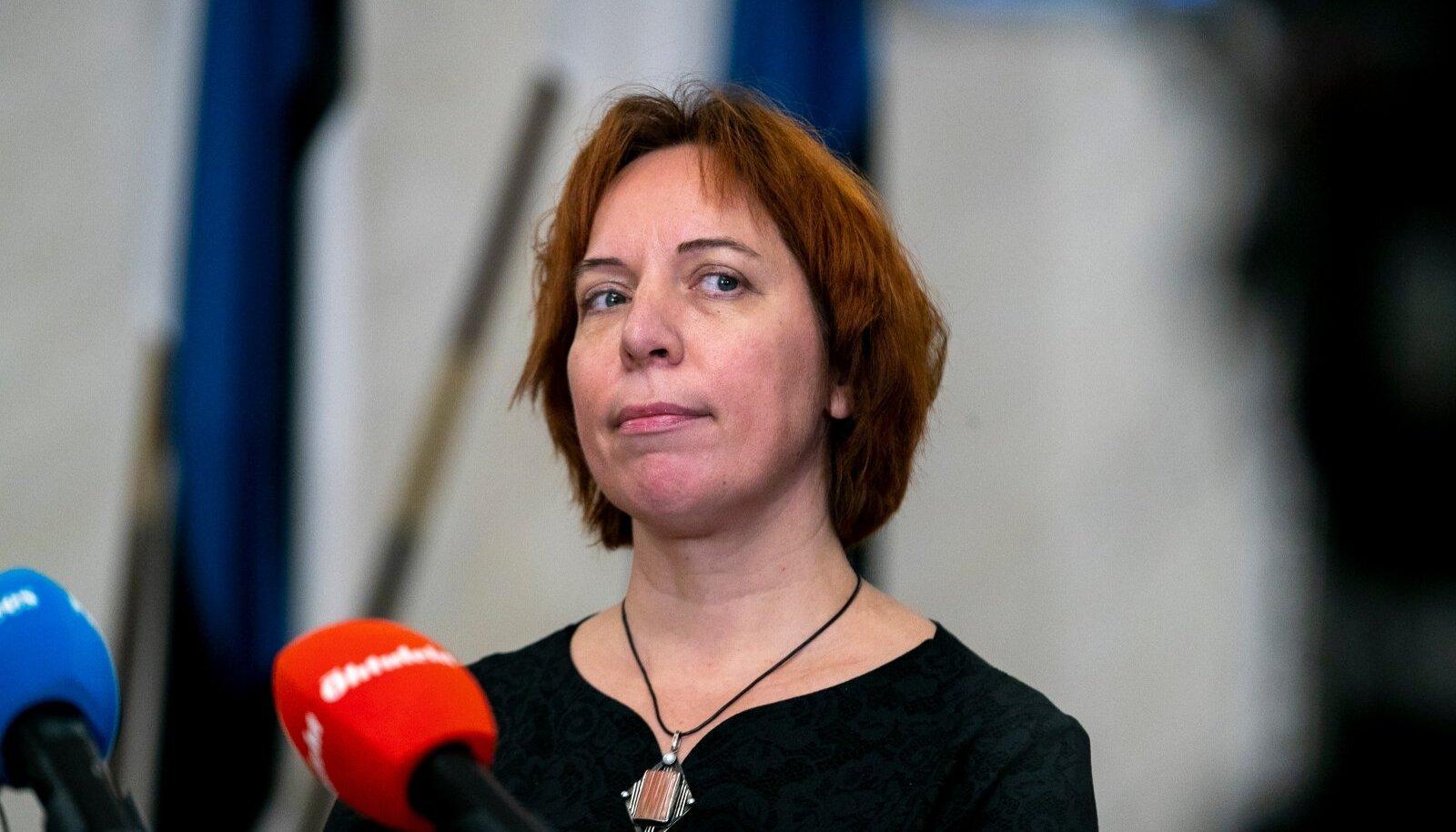 Koalitsiooninõukogu liikmena on Mailis Reps ikka riigielu üle otsustajate hulgas.