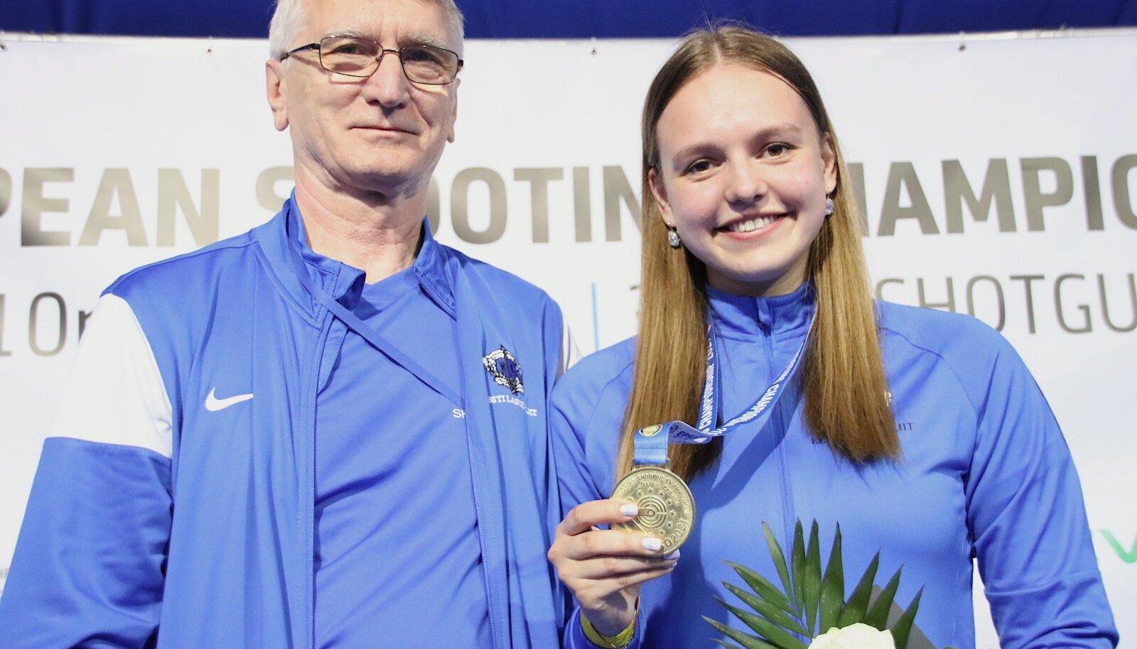 Katrin Smirnova koos treeneri Aleksandr Makaroviga.