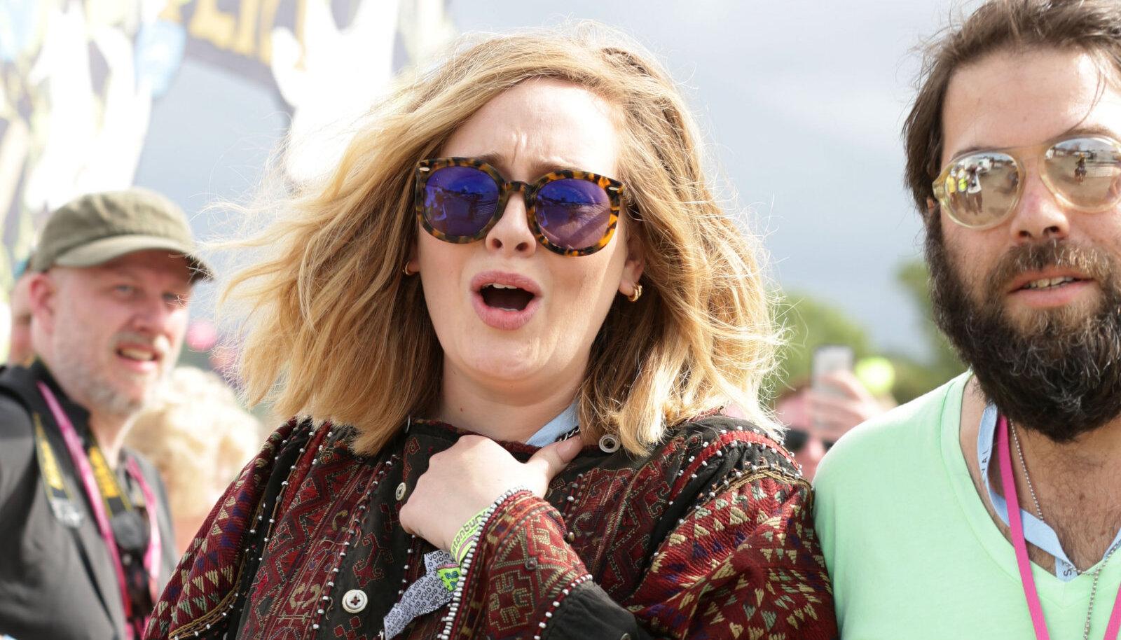 Adele ja Simon 2015. aastal