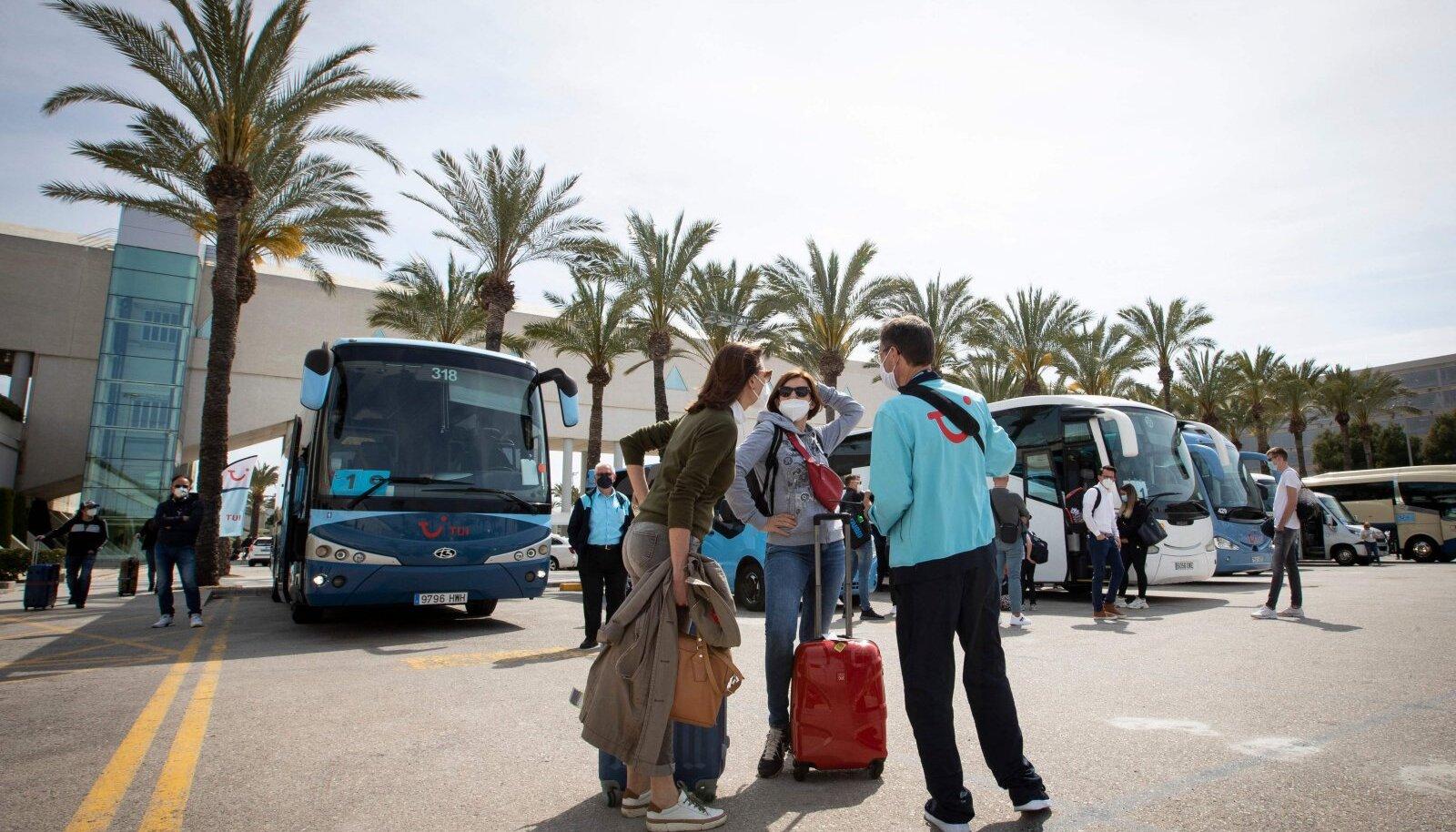 Palma de Mallorcasse saabunud turistid