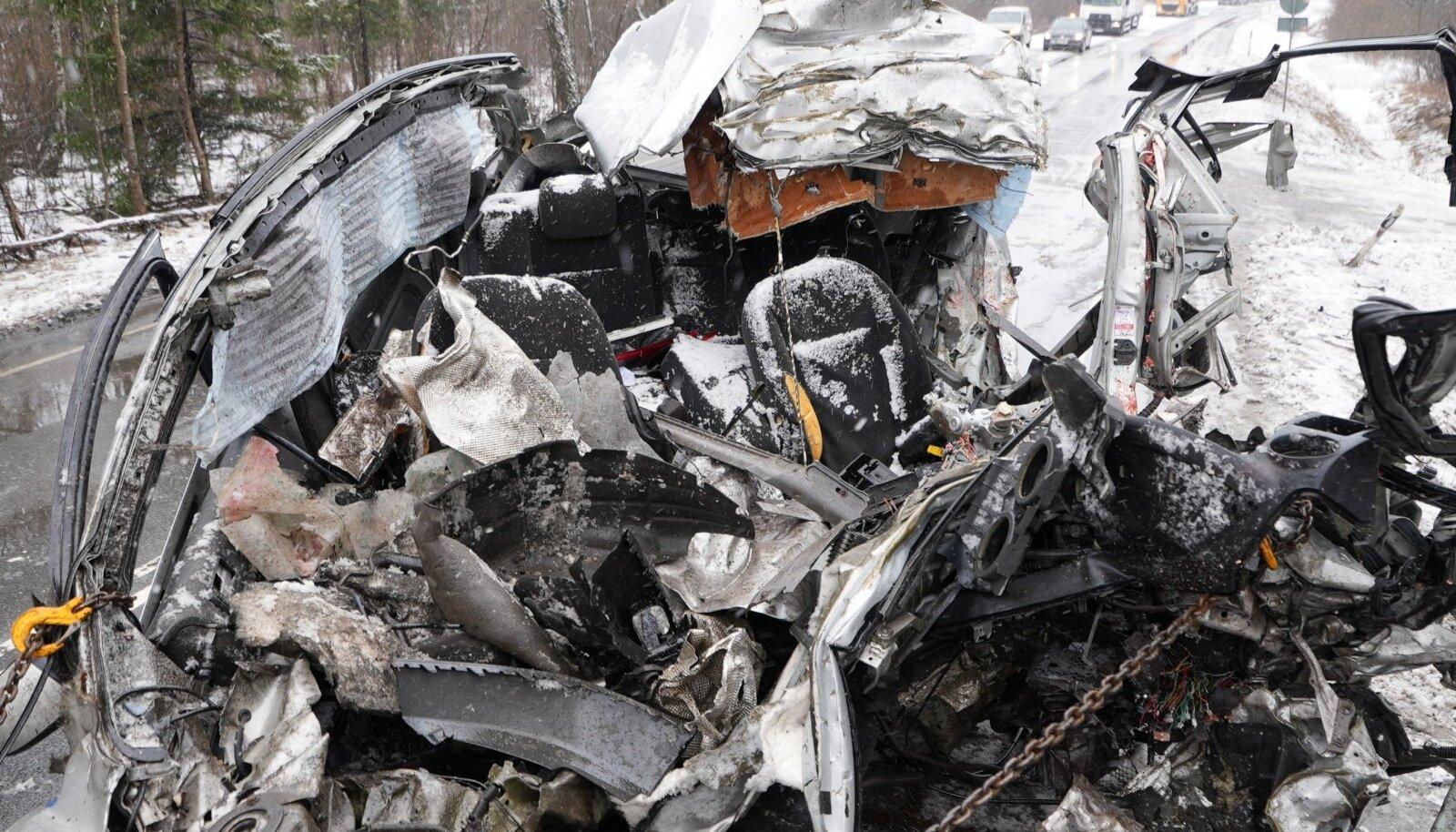 Traagilises avariis Raplamaal hukkus autojuht.