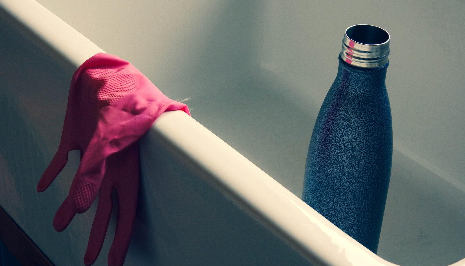 Ka korduvkasutatavat veepudelit tuleb puhastada