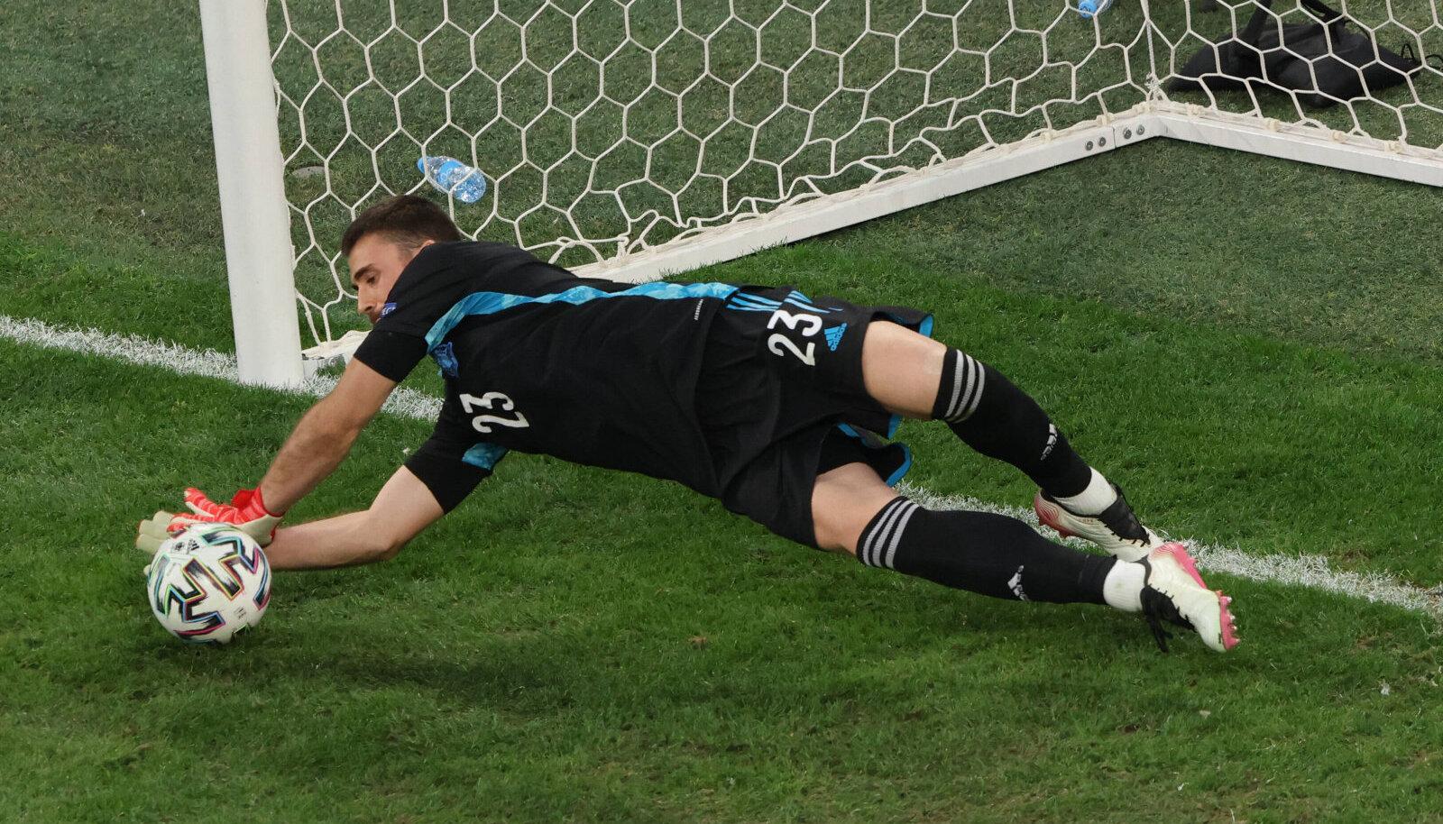 Вратарь сборной Испании Унаи Симон