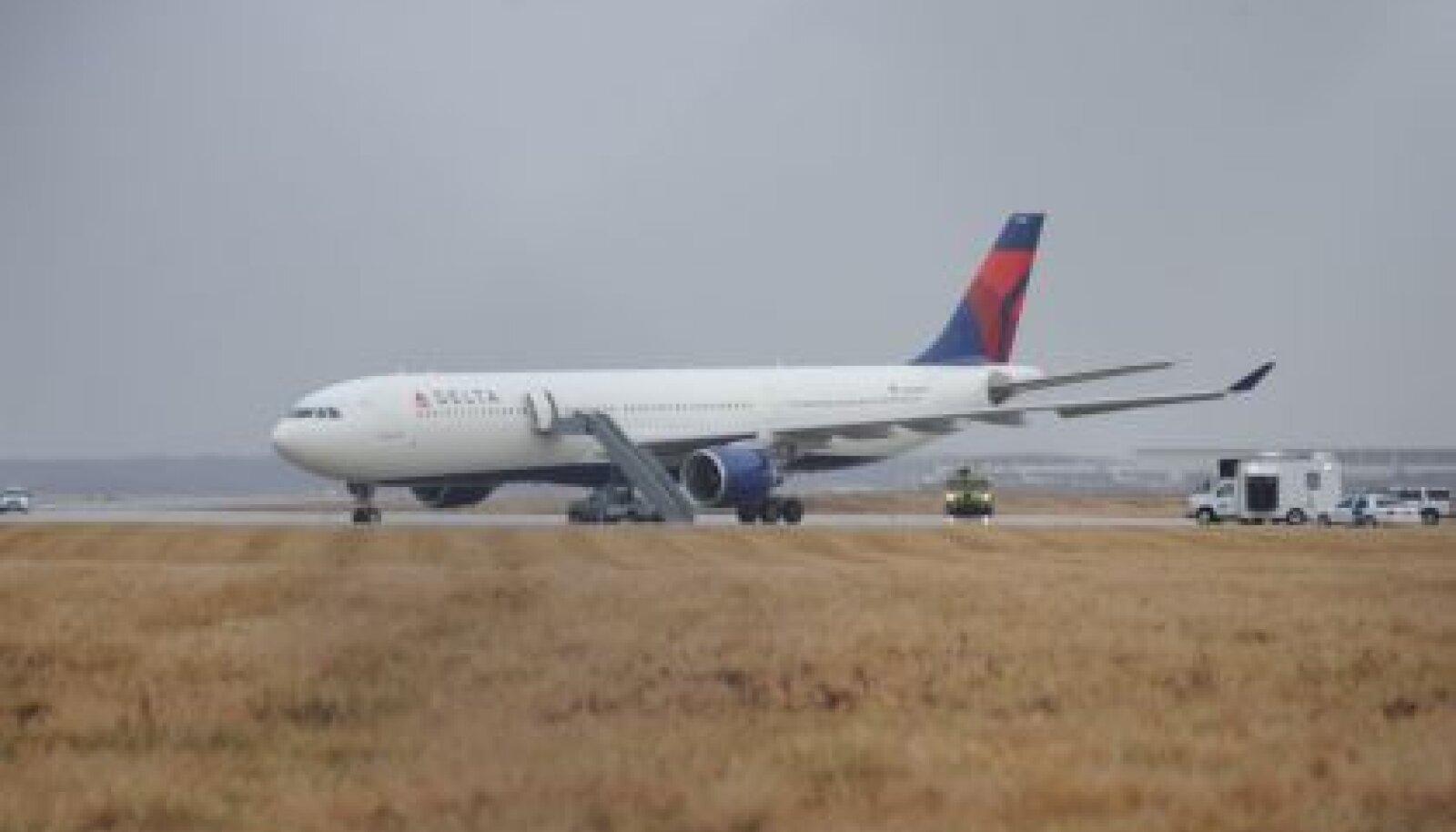 Delta Northwest airlines reisilennuk ap