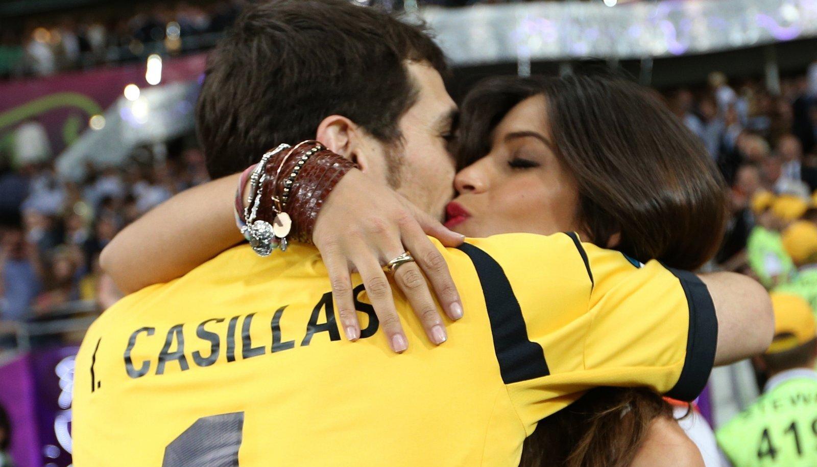 Iker Casillas ja Sara Carbonero 2012. aasta EM-finaali järel.