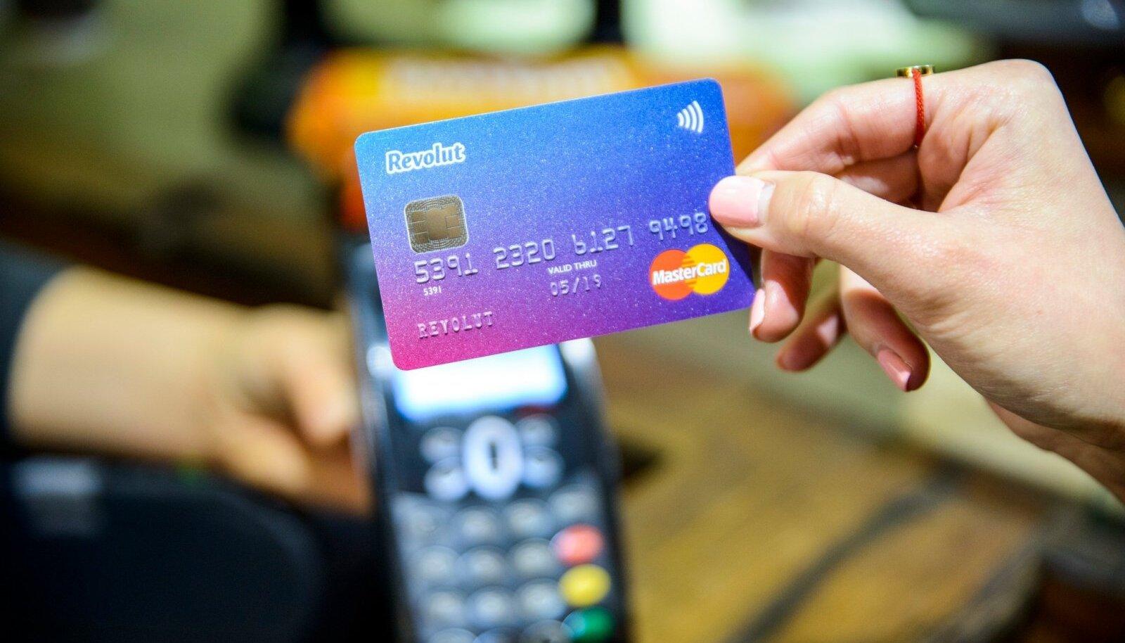 Revoluti maksekaart.
